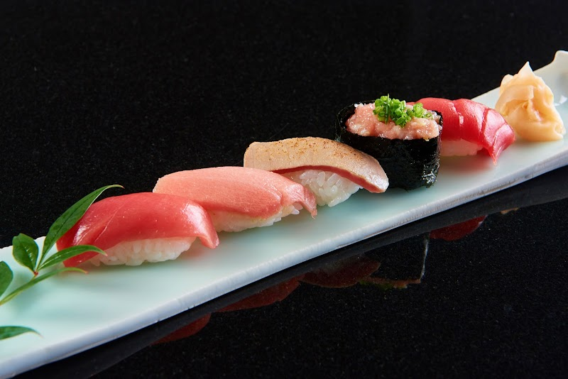 日本料理 雅々音(かがね)