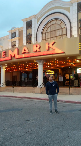 Movie theater in gulfport ms