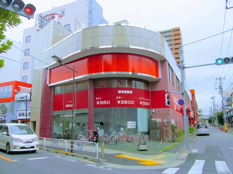 カットワンスタジオ小岩店