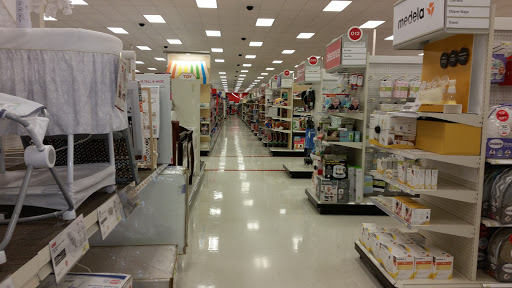 Department Store «Target», reviews and photos, 100 Upland Square Dr, Pottstown, PA 19464, USA