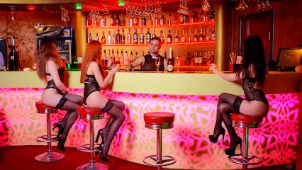 Свингер клубы в москве адреса работа в клубах в ночных клубах москвы