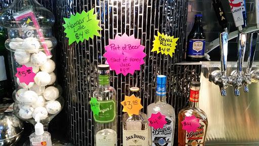 Bar «West House Tavern & Nightclub», reviews and photos, 347 Atlantic St, Roseville, CA 95678, USA