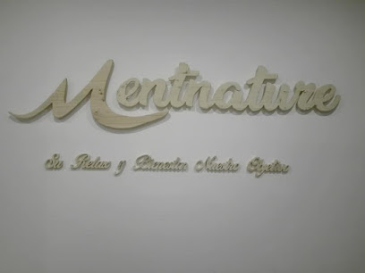 imagen de masajista Mentnature - Centro de masajes y terapias alternativas en Mallorca