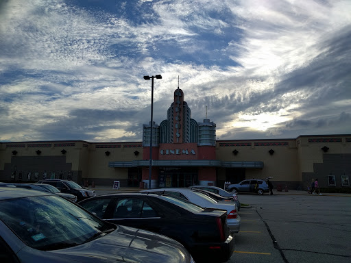 Movie Theater «Marcus Orland Park Cinema», reviews and photos, 16350 South La Grange Road, Orland Park, IL 60467, USA