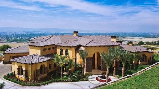 Performance Roofing in Santa Ana, California