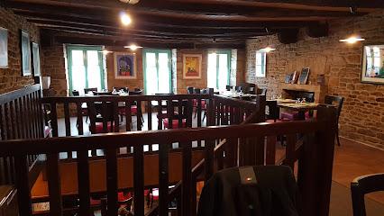 photo du restaurant Crêperie La Sarrasine