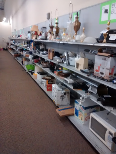Goodwill Industries, 2154 W 4th St, Ontario, OH 44906, Non-Profit Organization