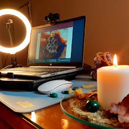 Escuela Espiritual Lar   Registros Akáshicos Meditación Piedras Online