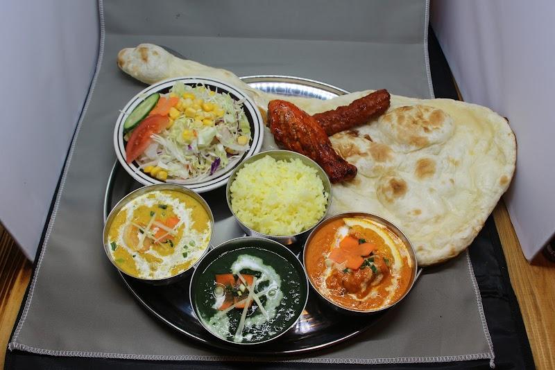 ヌーレ タージ ハラール レストラン(インド・バングラデシュ料理)