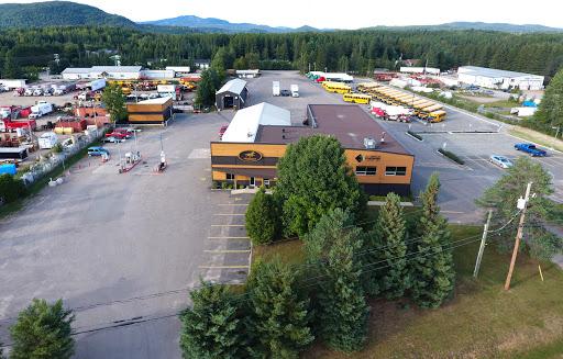 Bus Autobus Le Promeneur Inc. in Mont-Tremblant (QC) | CanaGuide