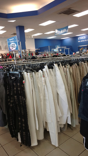 Goodwill Industries Store & Donation Center, 814 Hicksville Rd, Massapequa, NY 11758, Thrift Store