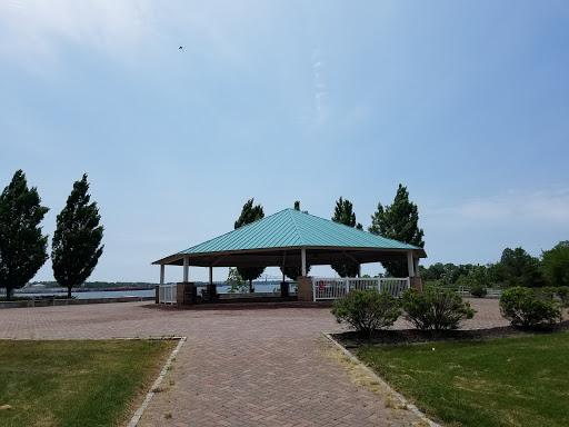 Memorial Park «Alvin P. Williams Memorial Park», reviews and photos, Port Reading Ave, Sewaren, NJ 07077, USA