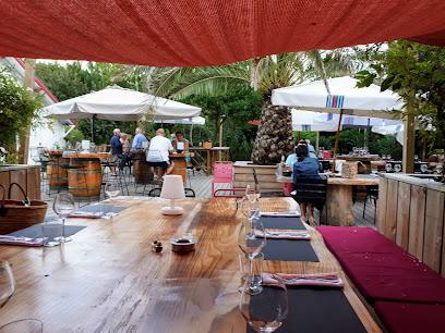 photo du restaurant Red Store Restaurant à Lège Cap Ferret
