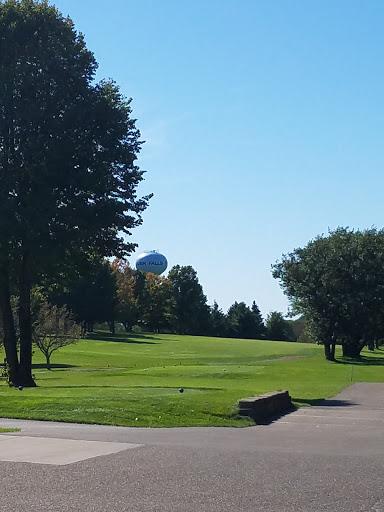 Golf Club «River Falls Golf Club», reviews and photos, 2120 E Division St, River Falls, WI 54022, USA