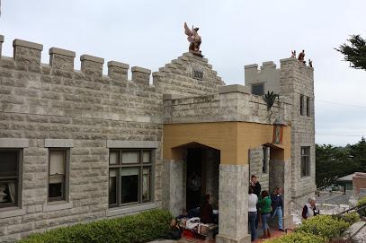 Sam\'s Castle