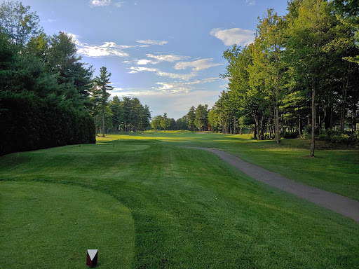 Golf Golf Le Champetre in Sainte-Anne-des-Plaines (QC) | CanaGuide