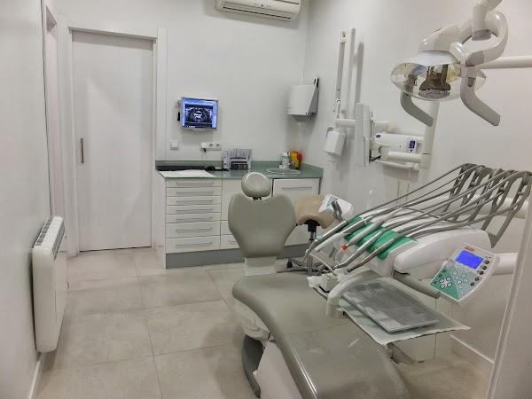 Aguirre Dental