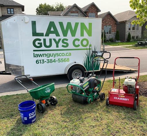 Entretien de pelouse Lawn Guys Co. à Kingston (ON) | LiveWay