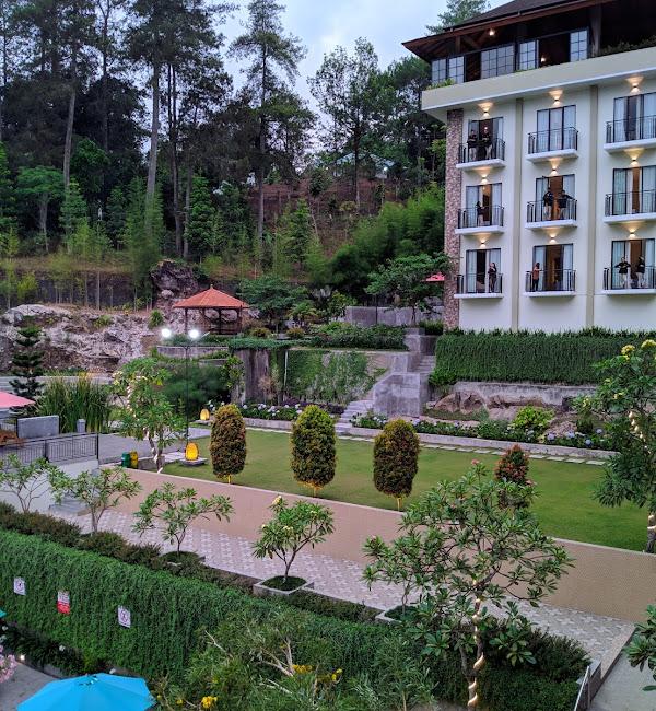 Nava Hotel