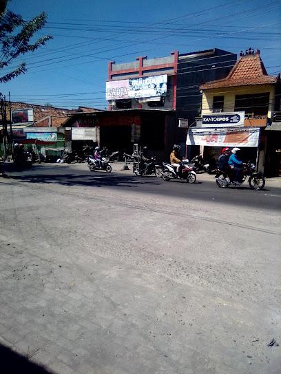Warnet Radja Lamper Tengah - Jl. Lamper Tengah Semarang