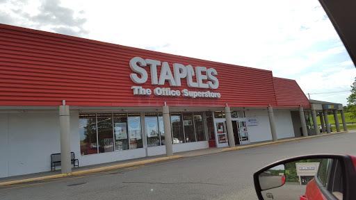 Office Supply Store «Staples», reviews and photos, 19 Hampton House Rd #2, Newton, NJ 07860, USA