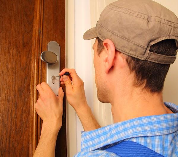 Cerrajero El candado y la llave Cerrajero 24 Horas