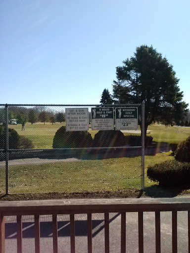 Golf Course «Airways Golf», reviews and photos, 1070 S Grand St, West Suffield, CT 06093, USA