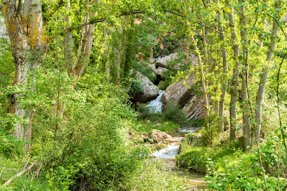 Cascada del Chorredero km.0 , GR 262 río Martín