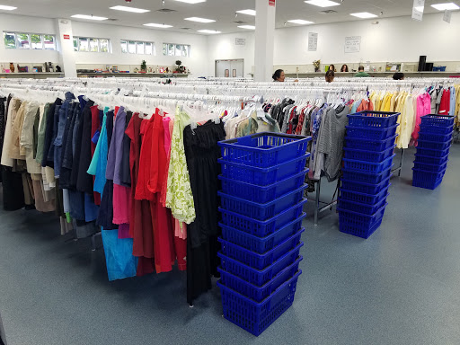 GCF Donation Center (Chapel Hill), 1115 Weaver Dairy Rd, Chapel Hill, NC 27514, USA, Thrift Store