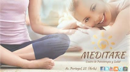 imagen de masajista MEDITARE YOGA & BIENESTAR
