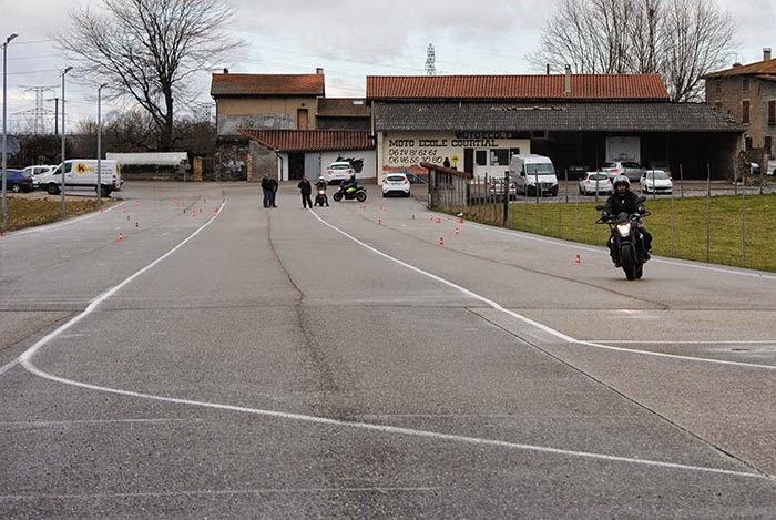 photo de l'auto ecole Moto Ecole Courtial Jerome