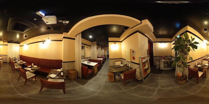 シカゴピザ&スフレオムレツ Meat&Cheese Ark 2nd 新宿店