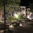 Mellow Blue Hotel & Restaurant