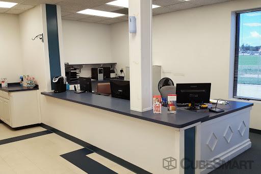 CubeSmart Self Storage, 6501 S Interstate 35 E, Corinth, TX 76210, Self-Storage Facility