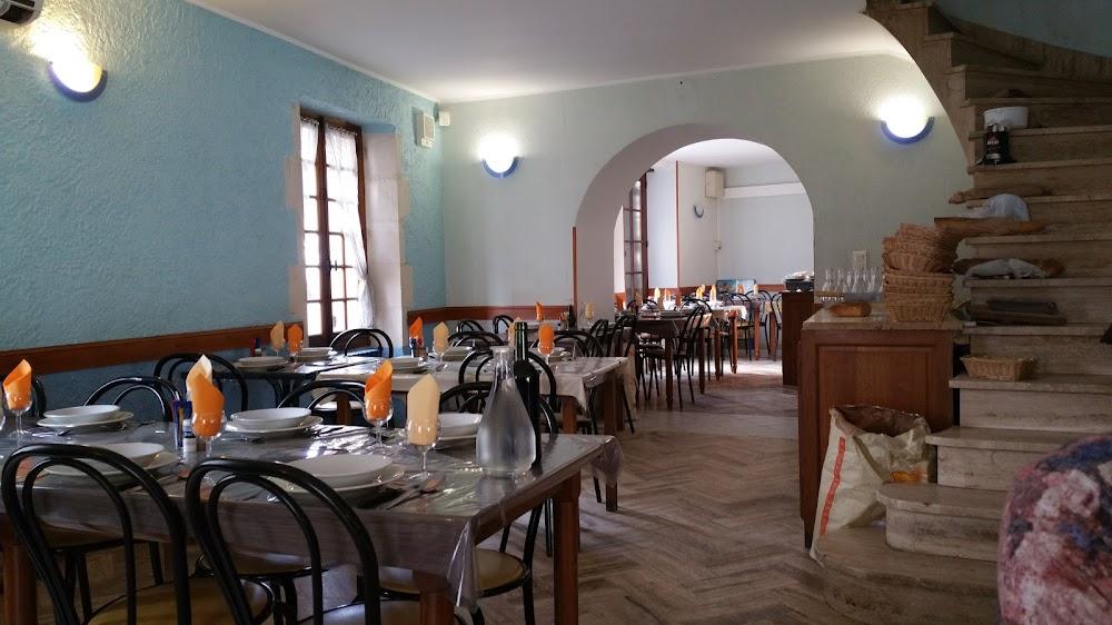 photo du resaurant Cafe De La Place