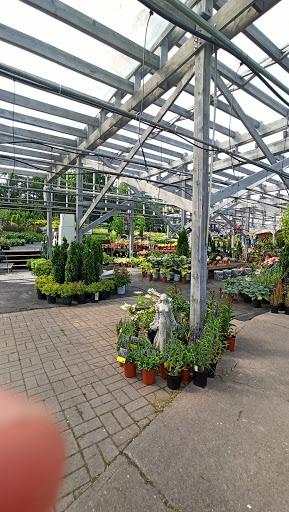 Jardinerie Centre De Jardin La Jardinière à Shawinigan (QC) | LiveWay