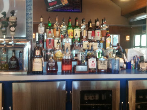 Food and Drink «The Double D Bar & Grill», reviews and photos, 240 N River Rd, Mt Clemens, MI 48043, USA