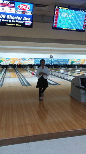 Bowling Alley «Classic Bowling Center», reviews and photos