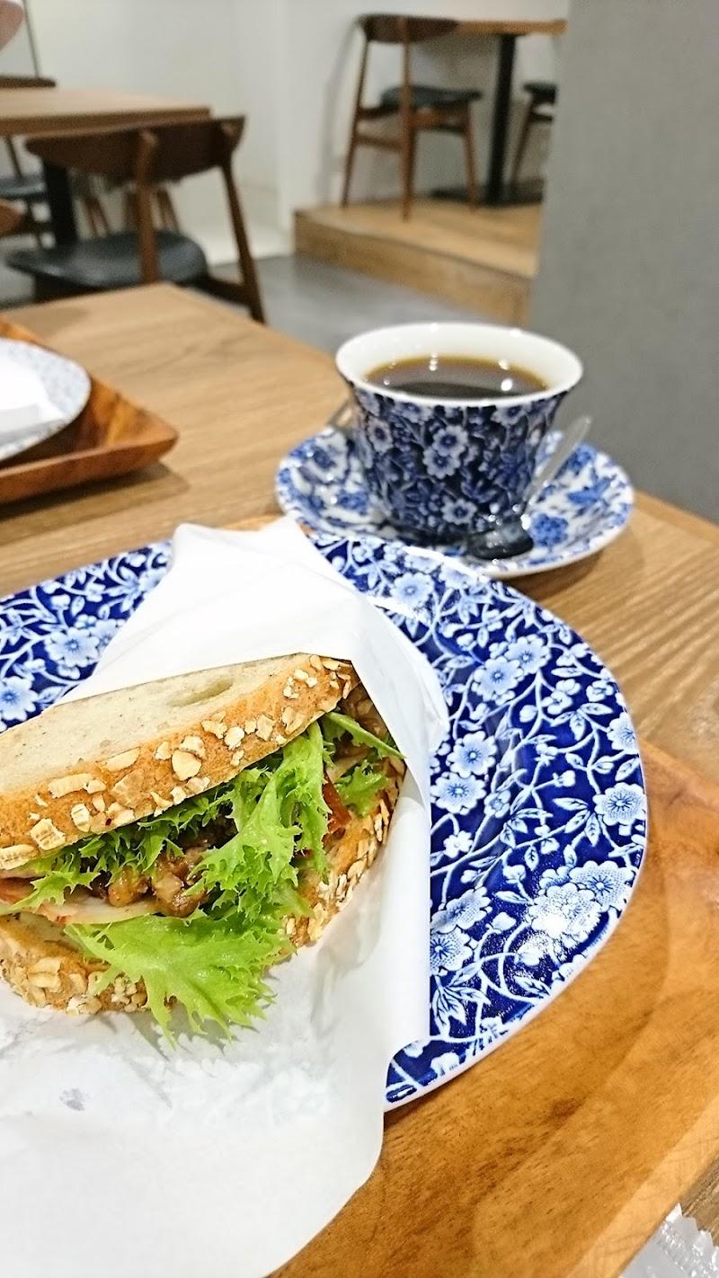 Scrop COFFEE ROASTERS 青山店(スクロップ 青山店)