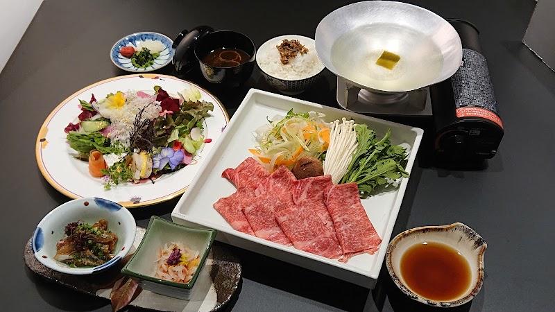 豊後牛和食レストラン 花時季(ハナトキ)