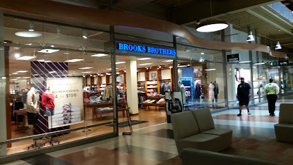 Clothing store Brooks Brothers Factory Store
