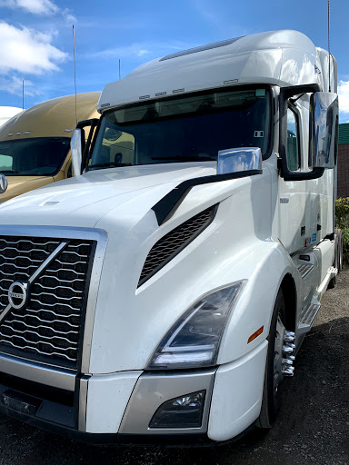 Truck Dealer Greenback Motors Inc. in Milton (ON)   AutoDir
