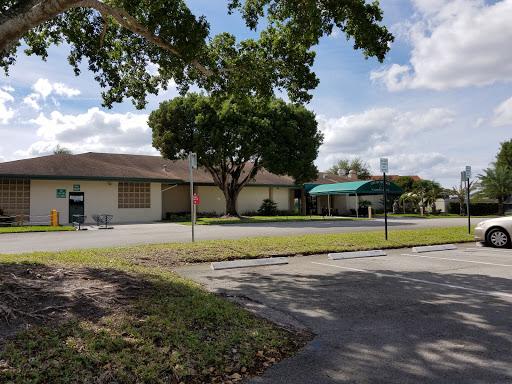 Golf Course «Flamingo Lakes Golf & Country Club», reviews and photos, 701 SW Flamingo W Dr, Pembroke Pines, FL 33027, USA