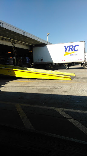 Trucking Company «YRC Freight», reviews and photos