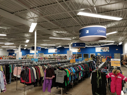 Goodwill Industries of Greater Cleveland & East Central Ohio, 6880 Pearl Rd #1, Cleveland, OH 44130, Thrift Store