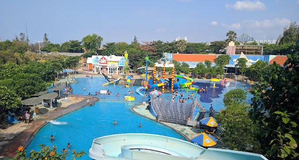 kolam renang wbl
