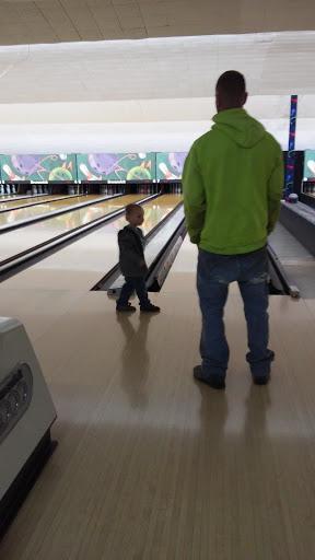 Bowling Alley «Slatington Bowling Center», reviews and photos, 8123 PA-873, Slatington, PA 18080, USA