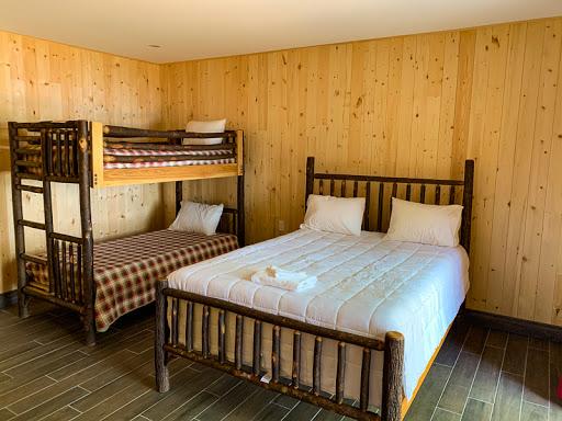 Luxury Hotel Kenauk Nature in Montebello (QC) | CanaGuide
