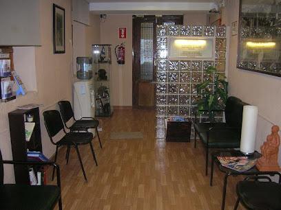 Clínica Dental Castillejos en Granada