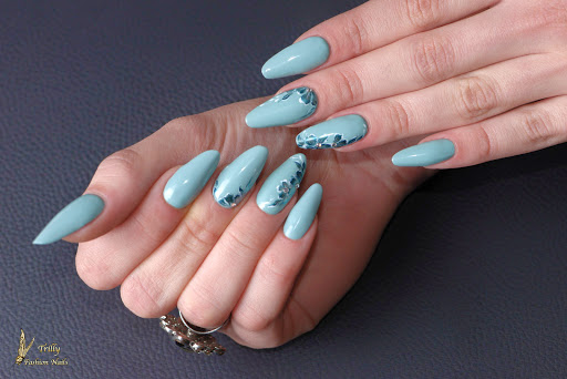 Trilly Nails & Tattoo